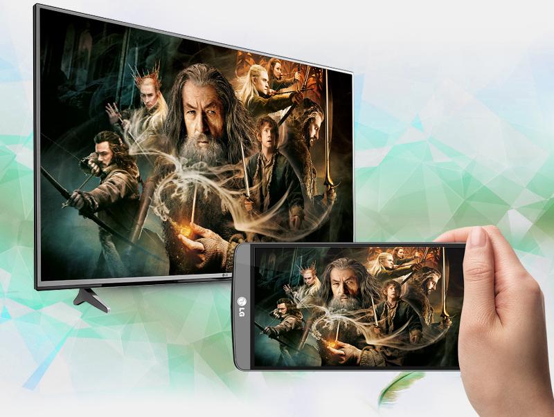 Smart Tivi LG 4K 43 inch 43UJ632T trình chiếu màn hình điện thoại