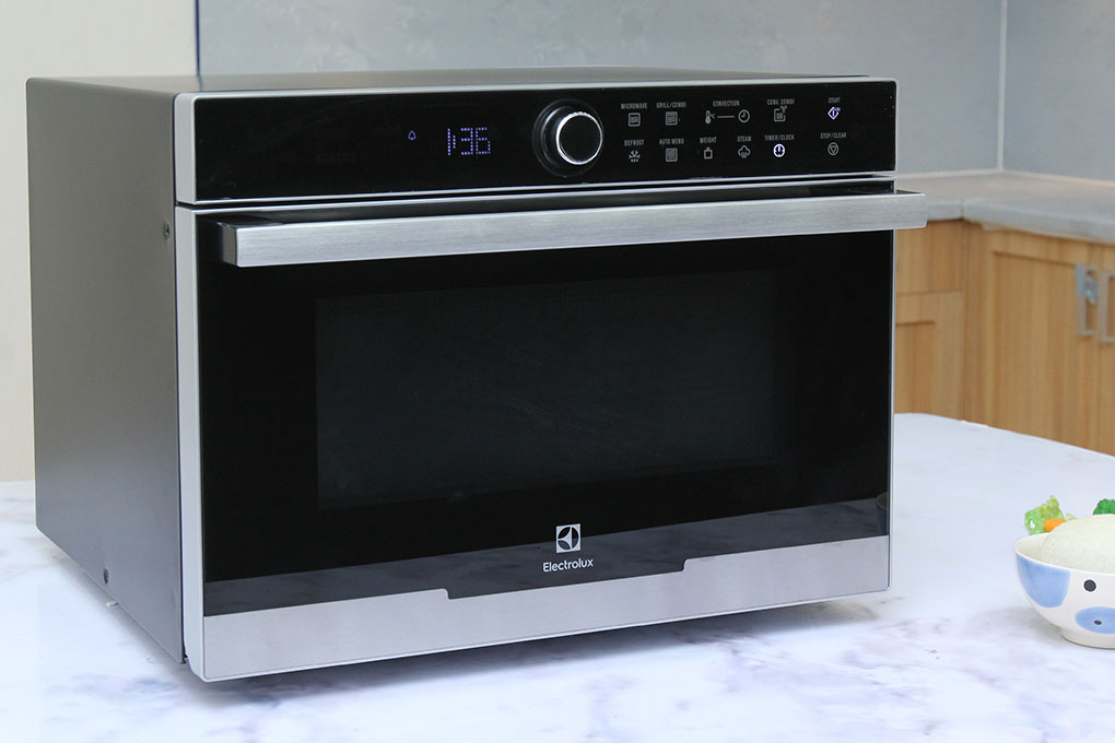 lo-vi-song-electrolux-ems3288x-anh-thuc-te-1
