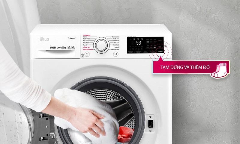 Máy giặt LG FC1408S4W1 - thêm đồ trong lúc giặt