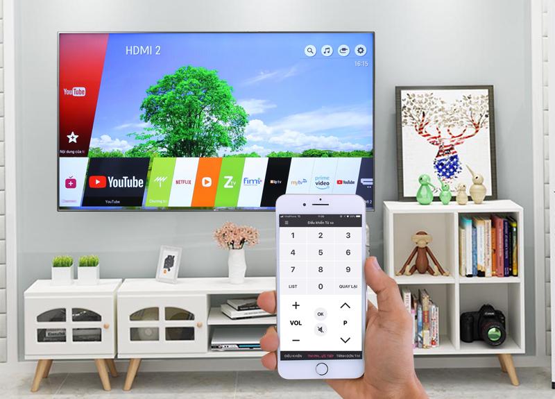 Smart Tivi LG 4K 55 inch 55UK6540PTD Điều khiển tivi bằng điện thoại