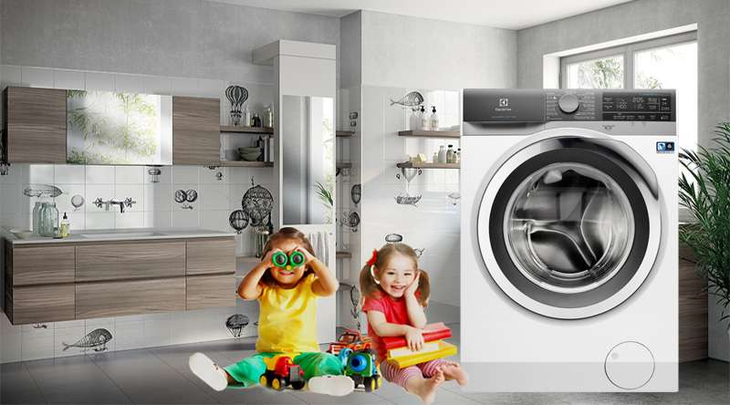 Máy giặt Electrolux Inverter 11 kg EWF1142BEWA - An tâm với tính năng khóa trẻ em